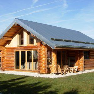 Construction d'une maison en bois: avantages inconvénients